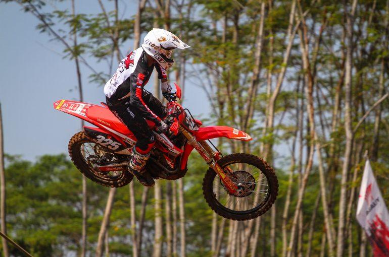 Penampilan Perdana Astra Honda Racing Team di Kejurnas Motocross 2019